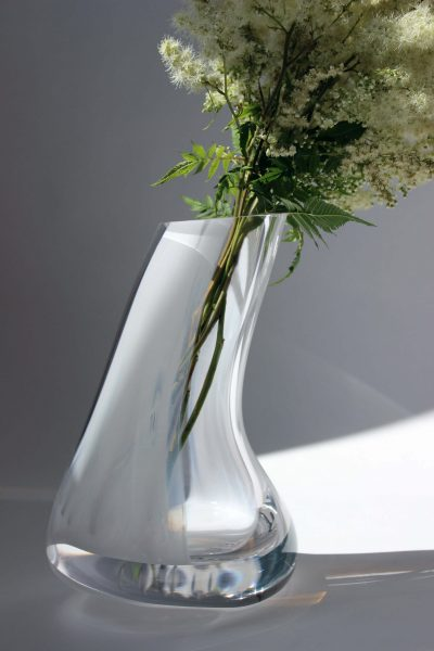 calm collection vase slanted